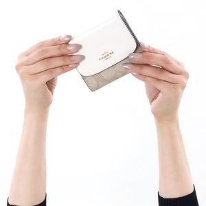コーチ 三つ折り財布 財布 メンズ レディース シグネチャー スモール ライトカーキ&チョークホワイト F87589 IMDQC COACH