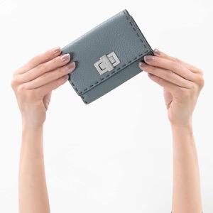 フェンディ 二つ折り財布 財布 レディース セレリア ヌーベブルーグレー&パラディオ 8M0359 SFR F09VN 2019年春夏新作 FENDI