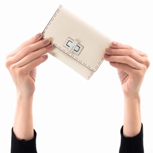 フェンディ 二つ折り財布 財布 レディース セレリア カメリアホワイト&パラディオ 8M0359 SFR F0MU3 2019年春夏新作 FENDI