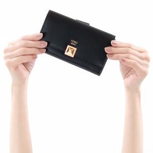 フェンディ 二つ折り財布 財布 レディース レインボー ミディアム ブラック&アプリコットピンク 8M0379 SR0 F13JQ FENDI