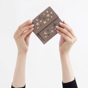 ジミーチュウ 二つ折り財布 財布 レディース フリーダ ブラック マルチ メタル スター スタッズ ムスクグレージュ&メタリックミックス FRIDA LTR 0032217 MUSK METALLIC MIX JIMMY CHOO