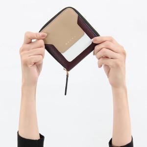 マルニ 二つ折り財布 財布 レディース サフィアーノ スクエア ベージュ&ホワイト&バーガンディレッド PFMOQ09U11 LV520 Z244M 2019年秋冬新作 MARNI