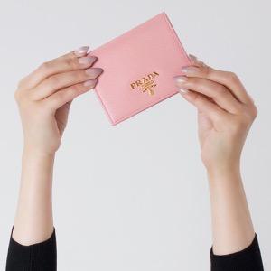 プラダ 二つ折り財布 財布 レディース サフィアーノ マルチック ペタロピンク&ペオニアピンク 1MV204 ZLP F0BTZ PRADA
