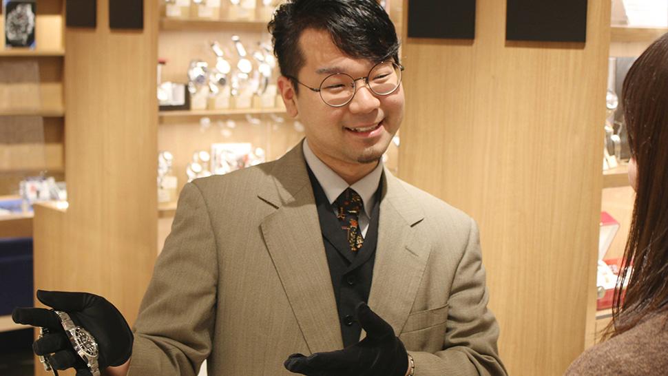 店舗では、豊富な知識を持つウォッチアドバイザーがニーズにあった腕時計をご提案します。